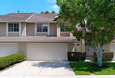 26245 Country Glen Lake Forest CA 92630