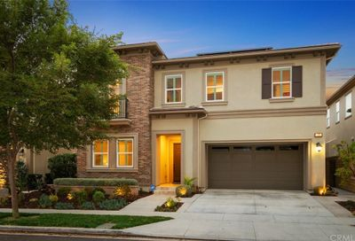 27 Swift Lake Forest CA 92630