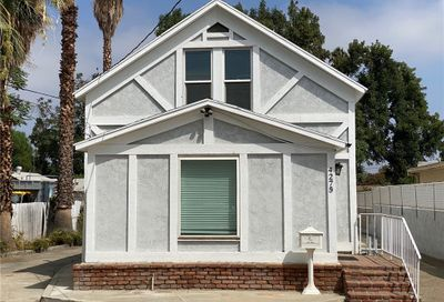 4275 Luther Street Riverside CA 92506