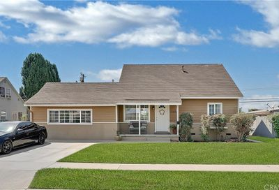 13581 Sioux Road Westminster CA 92683