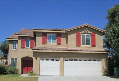 7405 Excelsior Drive Eastvale CA 92880