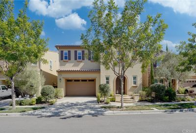 21 Snowberry Lake Forest CA 92630
