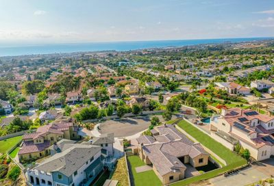 6760 Strawberry Place Carlsbad CA 92011