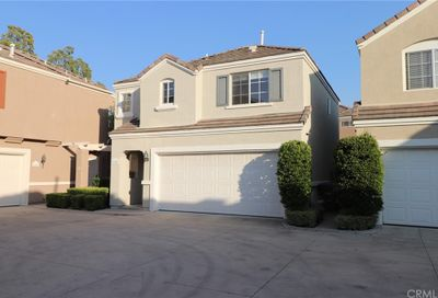 6 Rue Monet Lake Forest CA 92610
