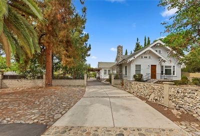 2373 N Indian Hill Boulevard Claremont CA 91711