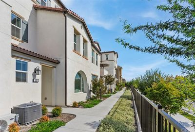 123 High Meadow Lake Forest CA 92610