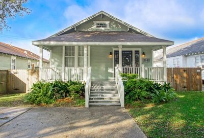 5552  ROSEMARY Place New Orleans LA 70124
