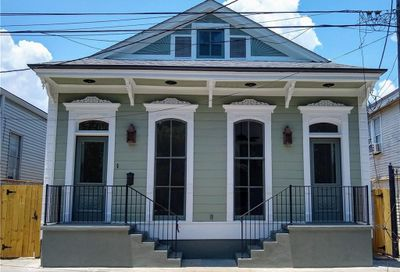 726 Independence Street New Orleans LA 70117