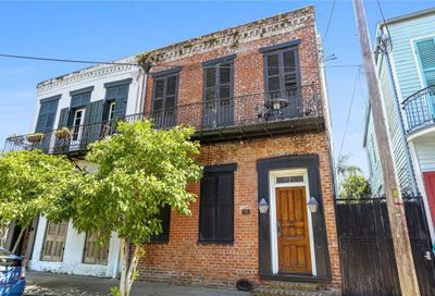 2704 Chartres Street New Orleans LA 70117