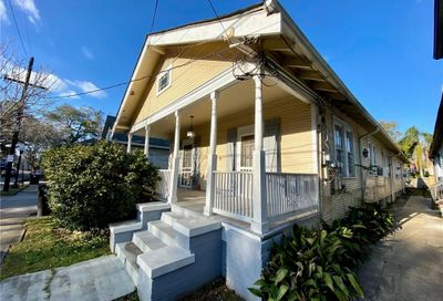 8017 19 Maple Street New Orleans LA 70118