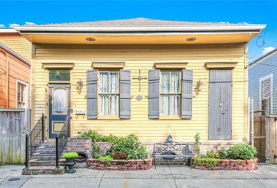 722 Independence Street New Orleans LA 70117