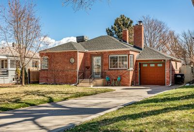 2534 Krameria Street Denver CO 80207
