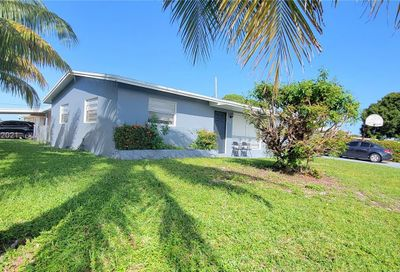 2701 NW 26th Ave Oakland Park FL 33311