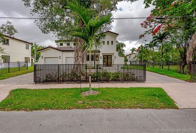 2517 Red Road Coral Gables FL 33134