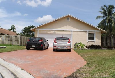 5612 SW 97th Ter Cooper City FL 33328