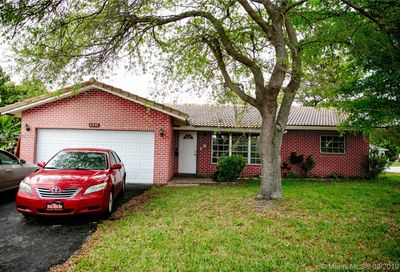 4351 NW 79th Ter Coral Springs FL 33065
