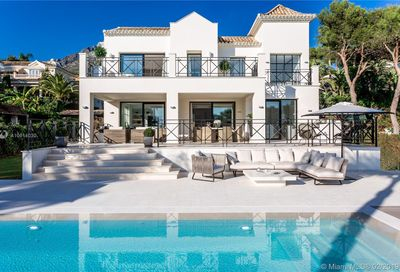 8 Villa Eden Other Country - Not In Usa FL 33139