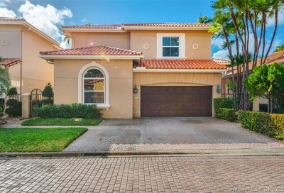 1506 Breakwater Terrace Hollywood FL 33019