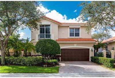 1448 Mariner Way Hollywood FL 33019