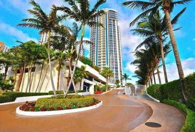 18671  Collins Ave   504 REDUCED Sunny Isles Beach FL 33160