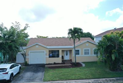 8108 SW 20th St North Lauderdale FL 33068