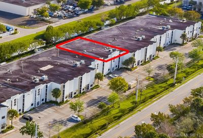 12481 NW 44th St Coral Springs FL 33065