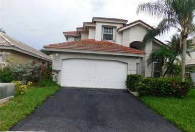 2656 NW 68th Ter Margate FL 33063