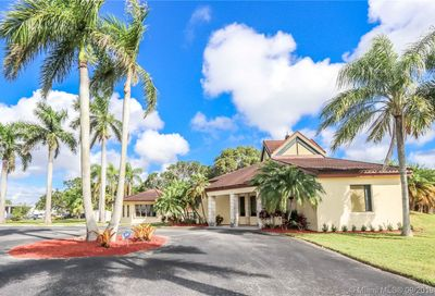 367 2nd Ave Homestead FL 33030