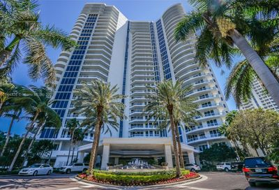 21200 Point Pl Aventura FL 33180