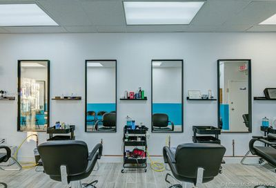 Barbershop On Us-1 Miami FL 33031