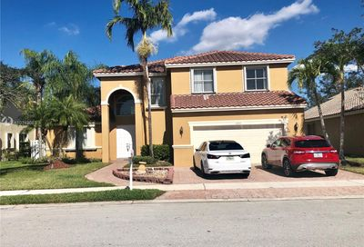 18935 15th St Pembroke Pines FL 33029
