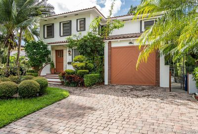 114 2nd San Marino Ter Miami Beach FL 33139