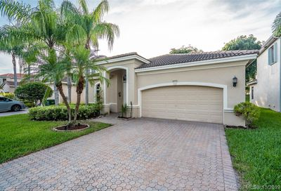 6151 195th Ave Pembroke Pines FL 33332