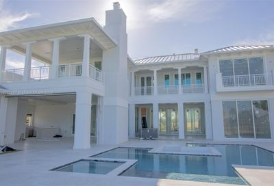 3852 Country Club Ln Fort Lauderdale FL 33308