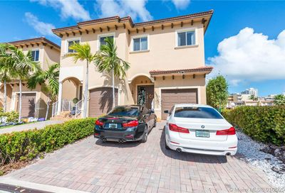 3507 166th St North Miami Beach FL 33160