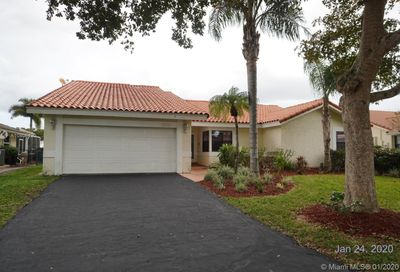 653 NW 110th Ave Coral Springs FL 33071
