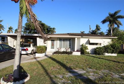 615 N 31st Ct Hollywood FL 33021