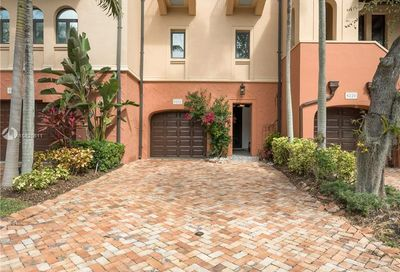 6222  Paradise Point Dr   0 Palmetto Bay FL 33157