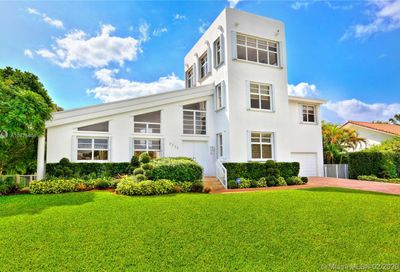 6320  Dolphin Dr Coral Gables FL 33158