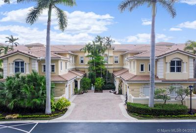 21109 38th Ave Aventura FL 33180