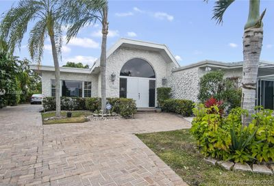 5901  Walnut Cir Tamarac FL 33319