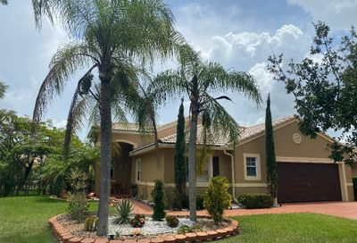 16112 SW 7th St Pembroke Pines FL 33027