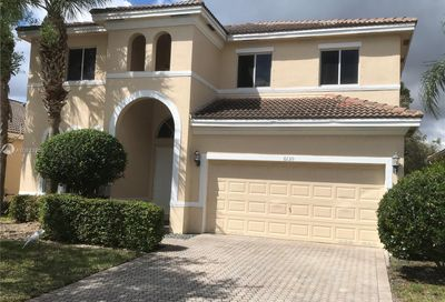 6139 194th Ave Pembroke Pines FL 33332