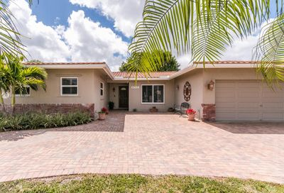 8742 NW 18th Ct Coral Springs FL 33071