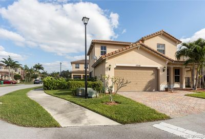 10548 NW 36th St Coral Springs FL 33065