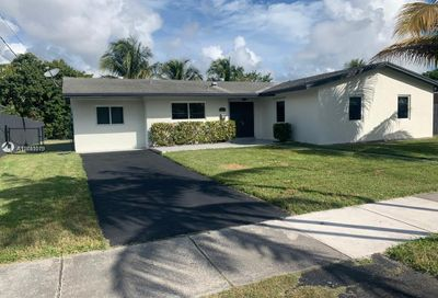 9821 SW 195th St Cutler Bay FL 33157