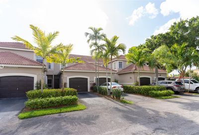 1511  Sorrento Dr   1511 Weston FL 33326