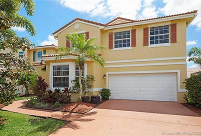 11298 NW 46th Dr Coral Springs FL 33076