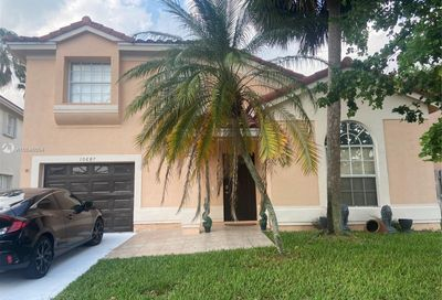 10687 Lake Oak Way Boca Raton FL 33498