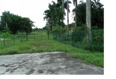 address withheld Davie FL 33314